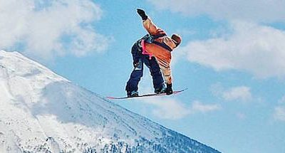 Snowboarder Hirafu backpackers hostel